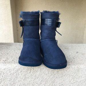 UGG Josette suede Sheepskin mid-calf boots size 9